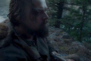 Un explorador que, mientras atraviesa la tierra salvaje de Estados Unidos, es brutalmente atacado por un oso grizzly, y traicionado por los miembros de su equipo de cacería. Foto:20th Century Fox. Imagen Por: