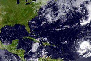 En septiembre de 2010, Igor fue considerado uno de los más grandes huracanes en cuanto a tamaño de su centro con mil 480 kilómetros de diámetro. Foto:Getty Images. Imagen Por: