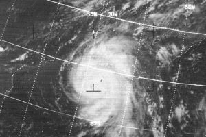 1969, Huracán Camille. Uno de los huracanes más intensos que han visto los Estados Unidos. En total tuvo 259 víctimas mortales y causó daños por mil 420 millones de dólares. Foto:Vía Wikimedia Commons. Imagen Por: