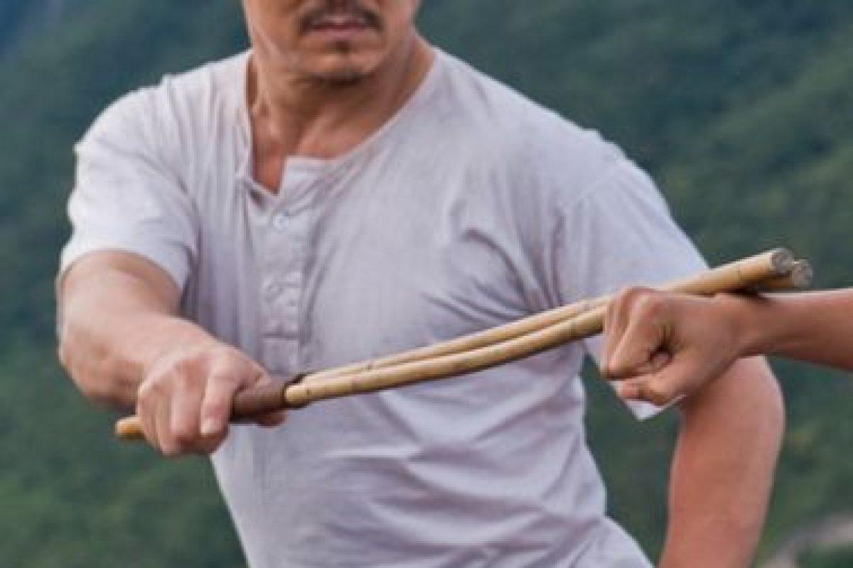 """Usando el kung fu sólo como una forma de autodefensa, informó el sitio """"Livestrong"""" de España. Foto:Tumblr.com/tagged-jackie-chan. Imagen Por:"""