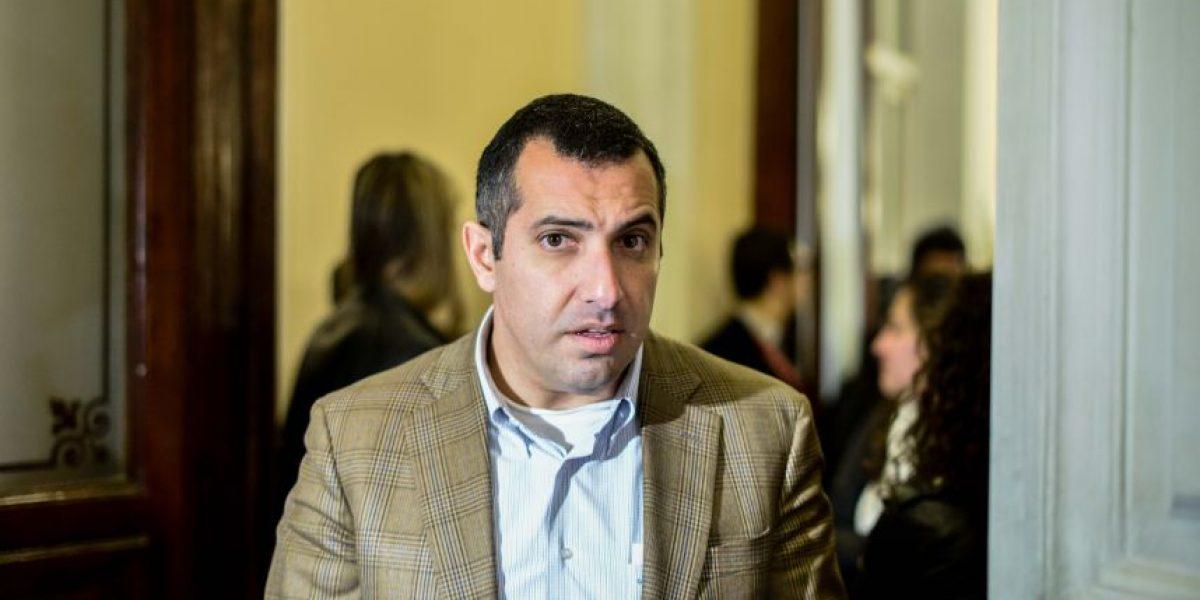 Hasbún: reemplazo de directora del Registro Civil es como el chiste de don Otto