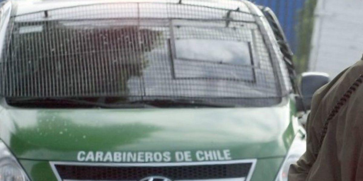 La Granja: hombre muere al interior de furgón de Carabineros