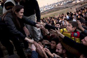 3. Celebridades como Angelina Jolie y Emma Watson han participado en iniciativas de la ONU. Foto:Getty Images. Imagen Por: