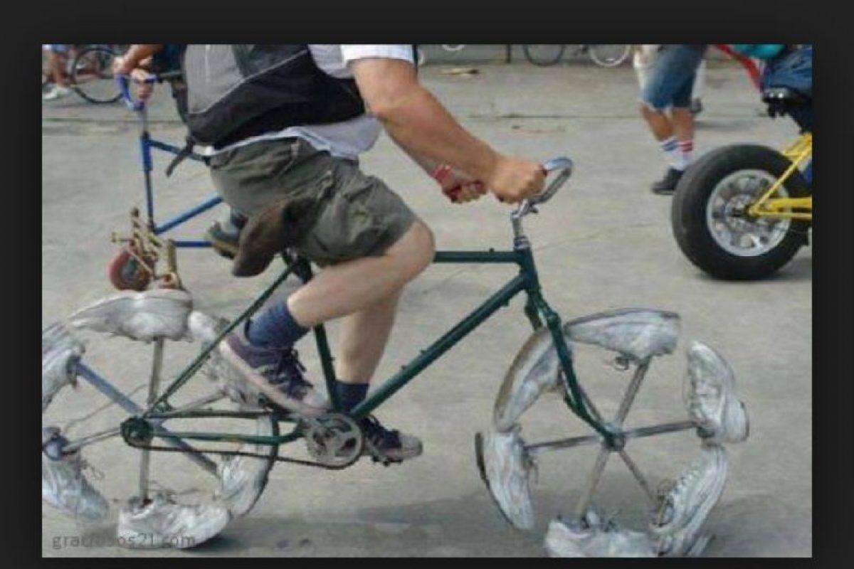 Momentos graciosos en la bici Foto:Tumblr. Imagen Por: