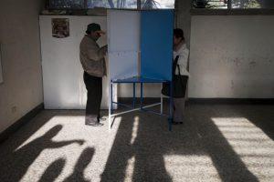 Los candidatos que se enfrentan por la presidencia son Jimmy Morales del Frente Convergencia Nacional y Sandra Torres de la Unidad Nacional de la Esperanza. Foto:AP. Imagen Por: