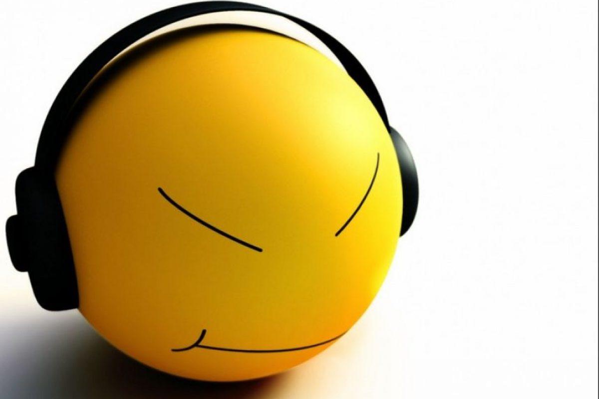 Distinto estudios coinciden en que la música en vivo es más efectiva que la grabada para reducir el estrés y mejorar el estado de ánimo de quien la escucha. Foto:Tumblr.com/Tagged-musica-escuchar. Imagen Por: