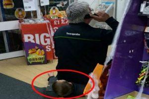 Así lucía Adrian sobre el ladrón. Foto:Vía Facebook. Imagen Por: