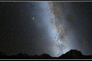 De acuerdo a pronósticos de la NASA y la Agencia Espacial Europea, así sería el impacto entre las dos galaxias Foto:NASA – ESA. Imagen Por: