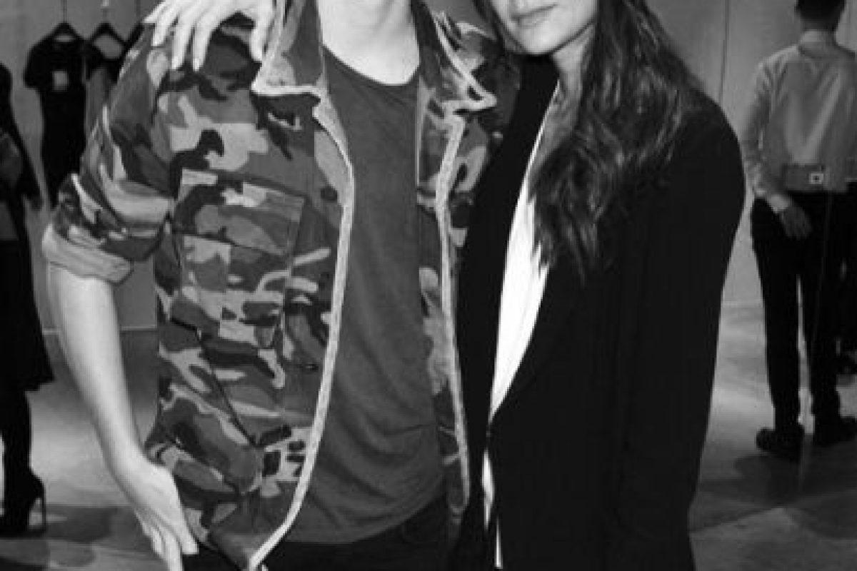 Brooklyn Beckham ya es toda una celebridad como sus padres: la exSpice Girl y diseñadora de modas, Victoria Beckham y el exfutbolista David Beckham. Foto:vía instagram.com/brooklynbeckham. Imagen Por: