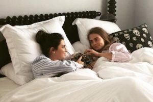 Kendall Jenner y Cara Delevingne Foto:Instagram/CaraDelevingne. Imagen Por: