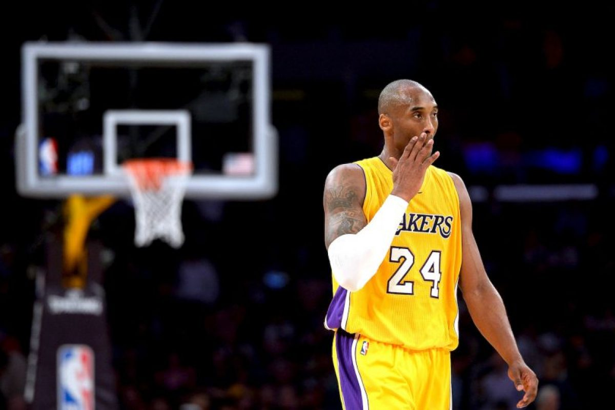 El símbolo de los Lakers en las últimas dos décadas, vive sus últimos días en la duela y se ha rumorado que esta es su última campaña como profesional Foto:Getty images. Imagen Por: