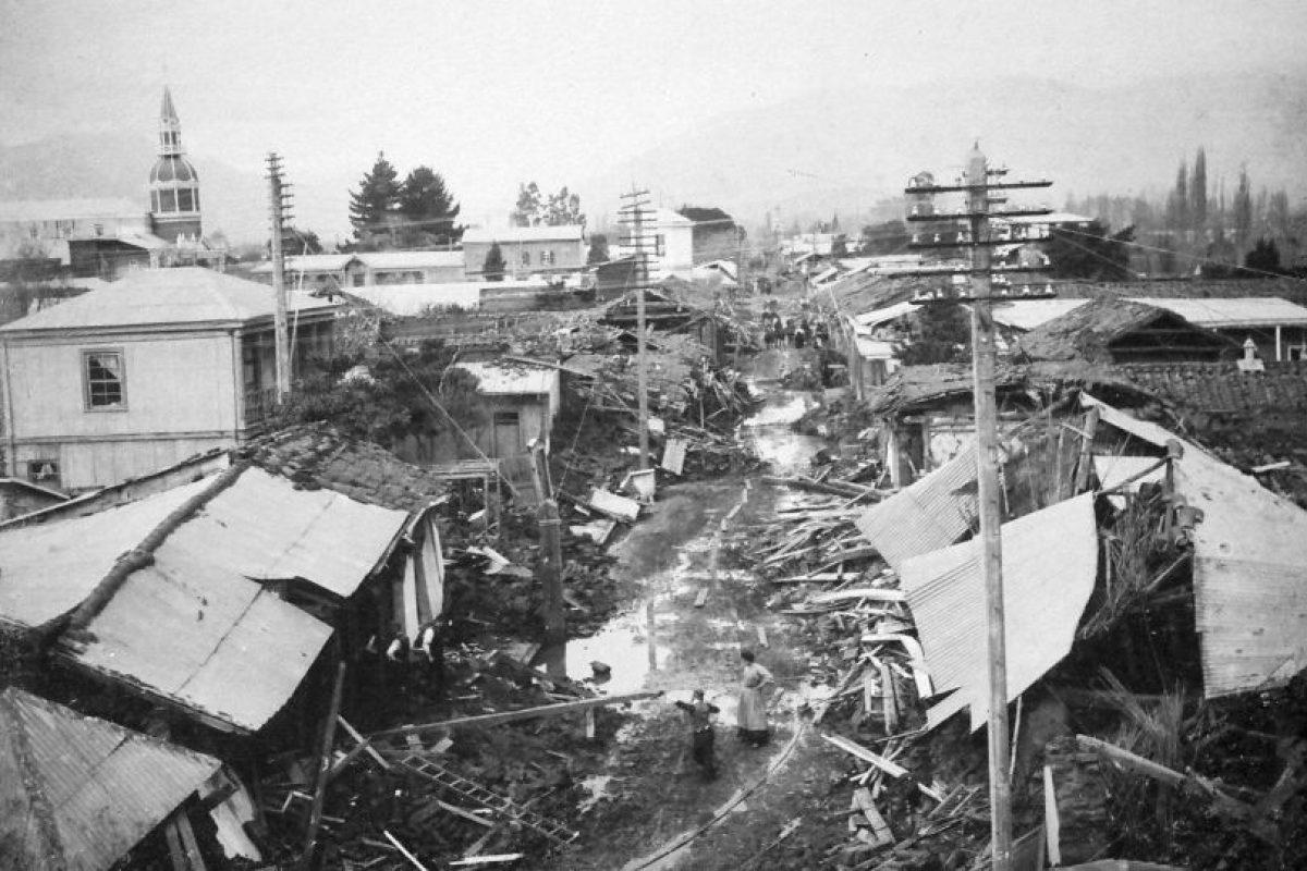 Avenida República de la ciudad de Limache en ruinas, terremoto de 1906. Foto:Fotos Históricas de Chile. Imagen Por: