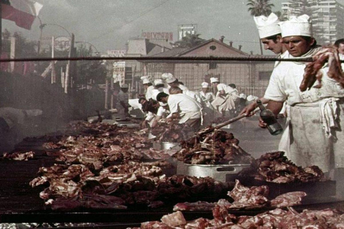 ijerales construcción edificio de la UNCTAD III en avenida Alameda de Santiago en 1971. Actual Centro GAM. Foto:Fotos Históricas de Chile. Imagen Por: