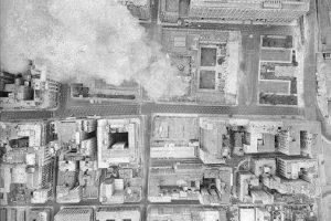 Palacio de La Moneda en llamas, 11 de Septiembre de 1973. Foto:Fotos Históricas de Chile. Imagen Por: