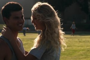 """En 2010 compartió créditos con la cantante Taylor Swift en la cinta """"Valentine's Day"""" Foto:vía YouTube. Imagen Por:"""