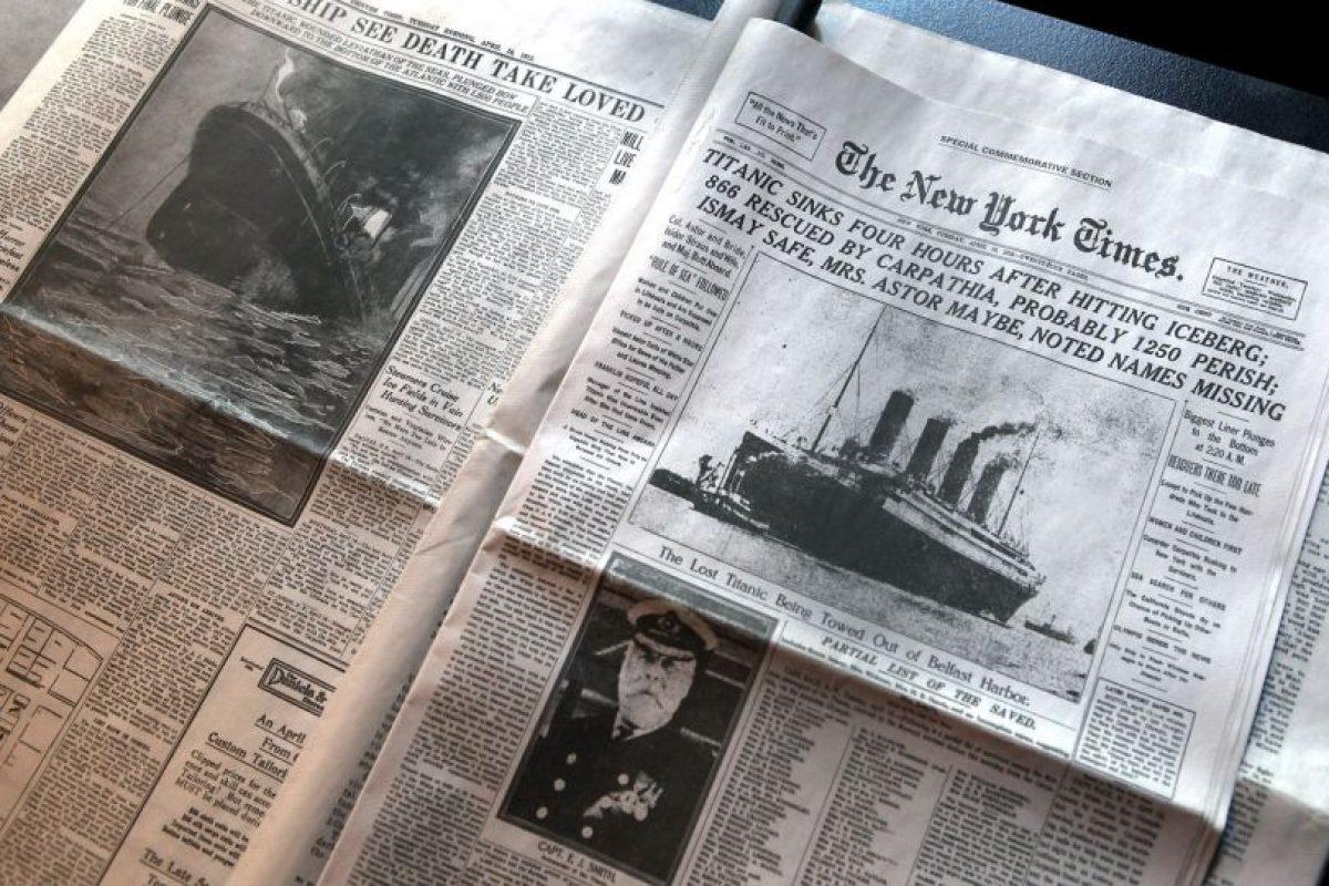 Periódicos de la época que dieron cuenta de la tragedia Foto:Getty Images. Imagen Por: