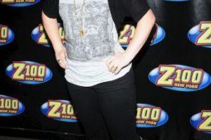 La portada fue photoshopeada quitándole kilos a la cantante Foto:Getty Images. Imagen Por: