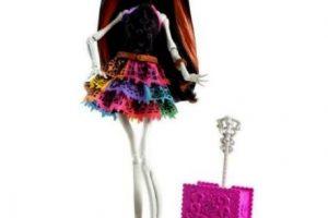 """Incluso tiene su propia versión en """"Monster High"""". Foto:vía Mattel. Imagen Por:"""