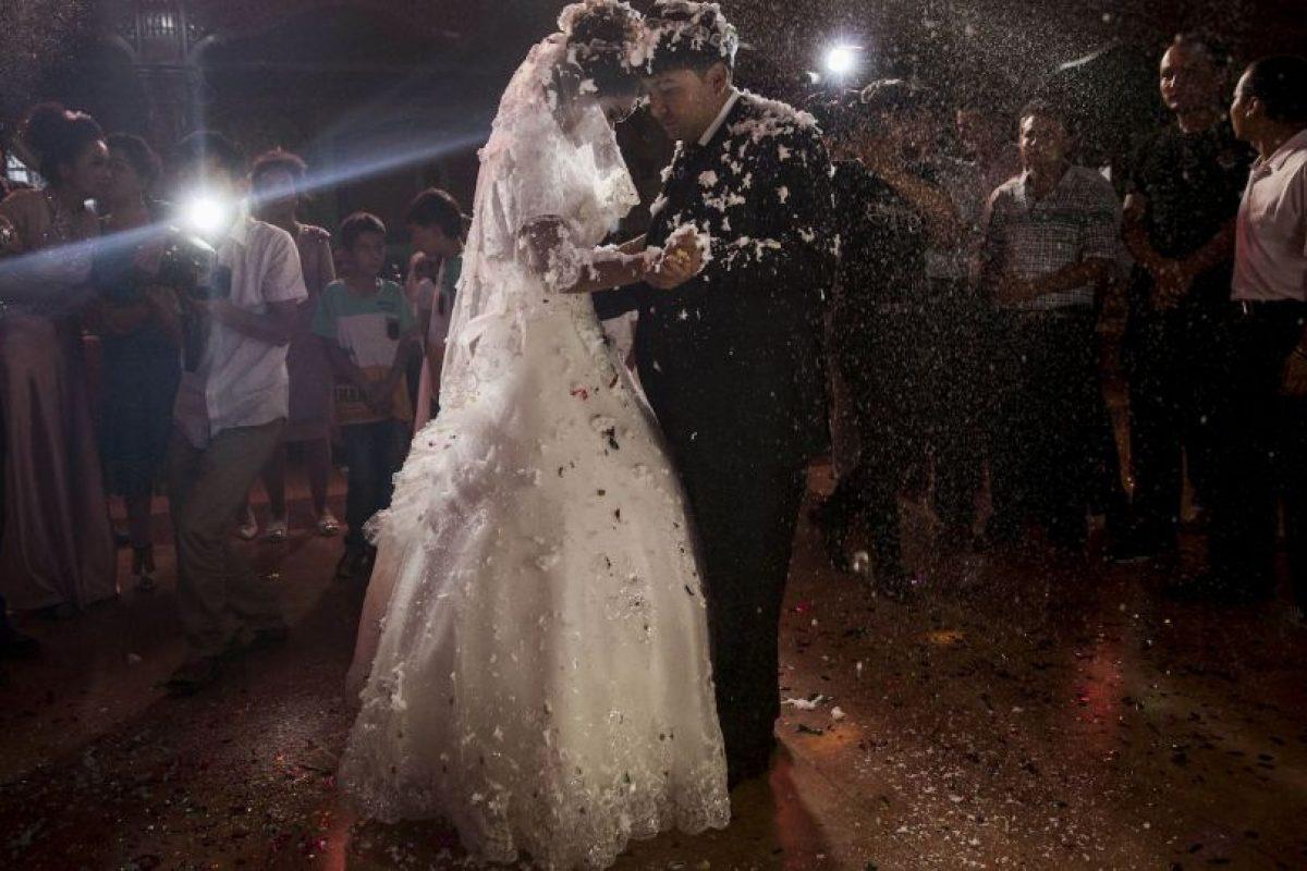 """En el pasado, el novio entregaba dinero o regalos a los padres de la novia, como """"valor"""" de su hija Foto:Getty Images. Imagen Por:"""