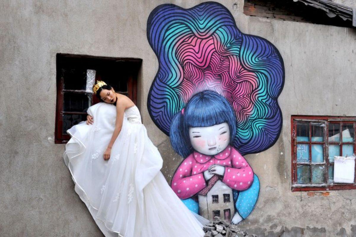 Para los menos estrictos, los astrólogos solamente analizan la fecha y la hora de nacimiento de la pareja para seleccionar un día para su boda Foto:Getty Images. Imagen Por: