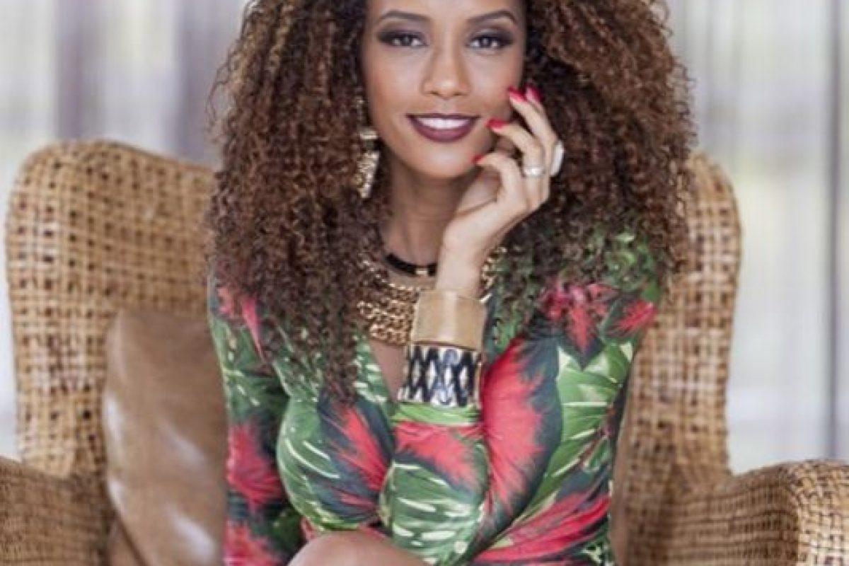 """Fue presentadora en el programa de belleza """"Superbonita da GNT"""". Foto:vía Facebook/ Taís Araújo. Imagen Por:"""