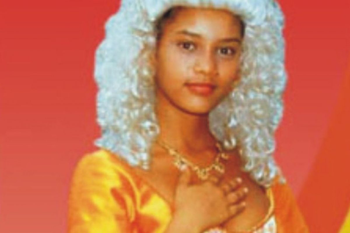 """La rechazaron para un comercial de helados por esto. A lo que ella respondió: """"¿Acaso los negros no comen helado?"""". Sin embargo, rompió paradigmas al ser la primera actriz afro en tener un protagónico en la televisión brasileña. Foto:vía Rede Manchete. Imagen Por:"""