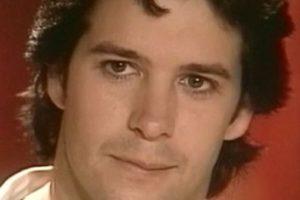 """Murílo Benicio era """"Lucas Ferraz"""" y """"Diogo Ferraz"""". Hijo atormentado de un poderoso empresario que se enamora de """"Jade"""". También hacen un clon de él llamado """"Leo"""".. Imagen Por:"""