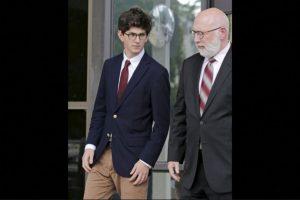 Owen Labrie niega ser culpable Foto:AP. Imagen Por: