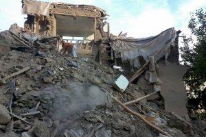 Estragos del terremoto que azotó Afganistán, Pakistán e India. Más de 300 personas fallecieron. Foto:AFP. Imagen Por:
