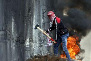 Conflicto entre israelíes y palestinos. Foto:AFP. Imagen Por:
