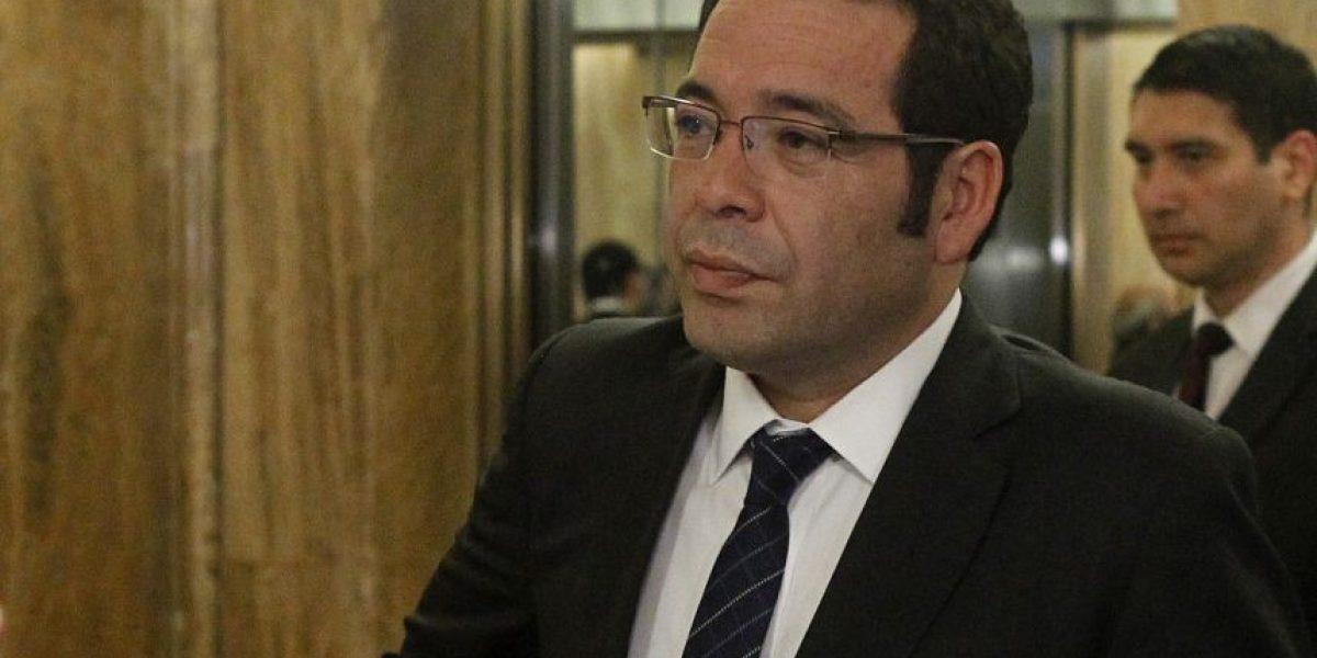 Paro del Registro Civil: director entregó a Contraloría antecedentes