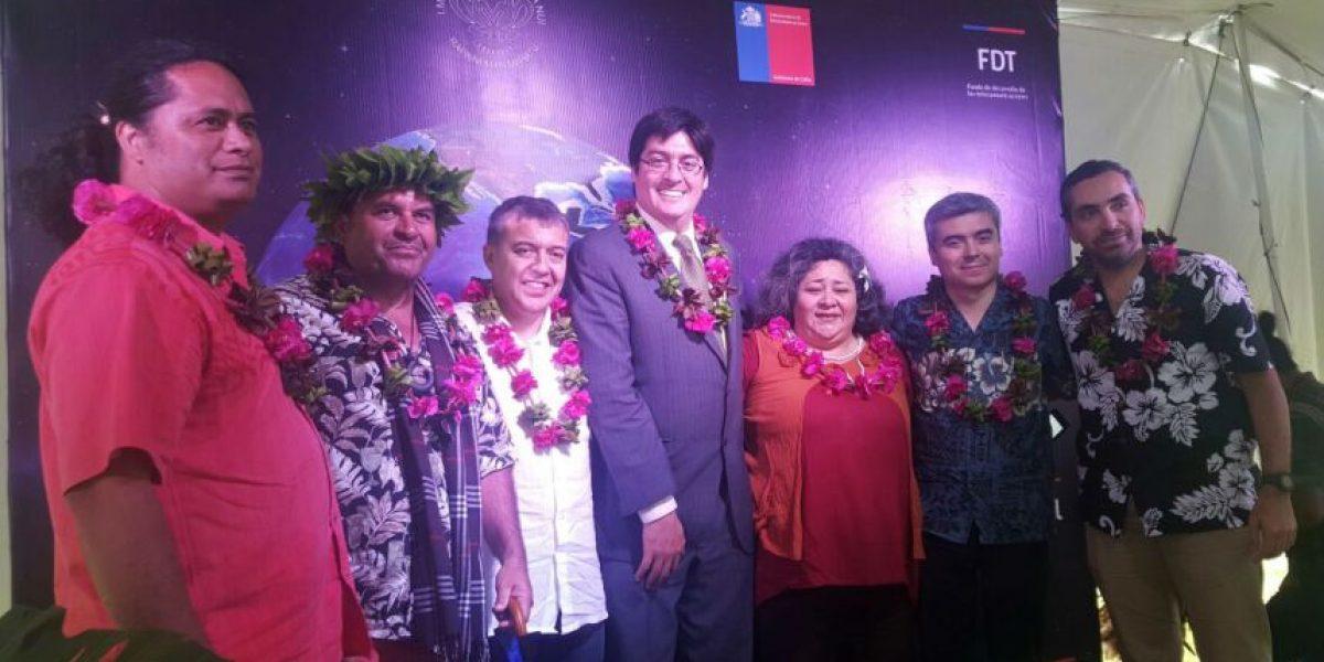Rapa Nui más conectada: inauguran enlace satelital