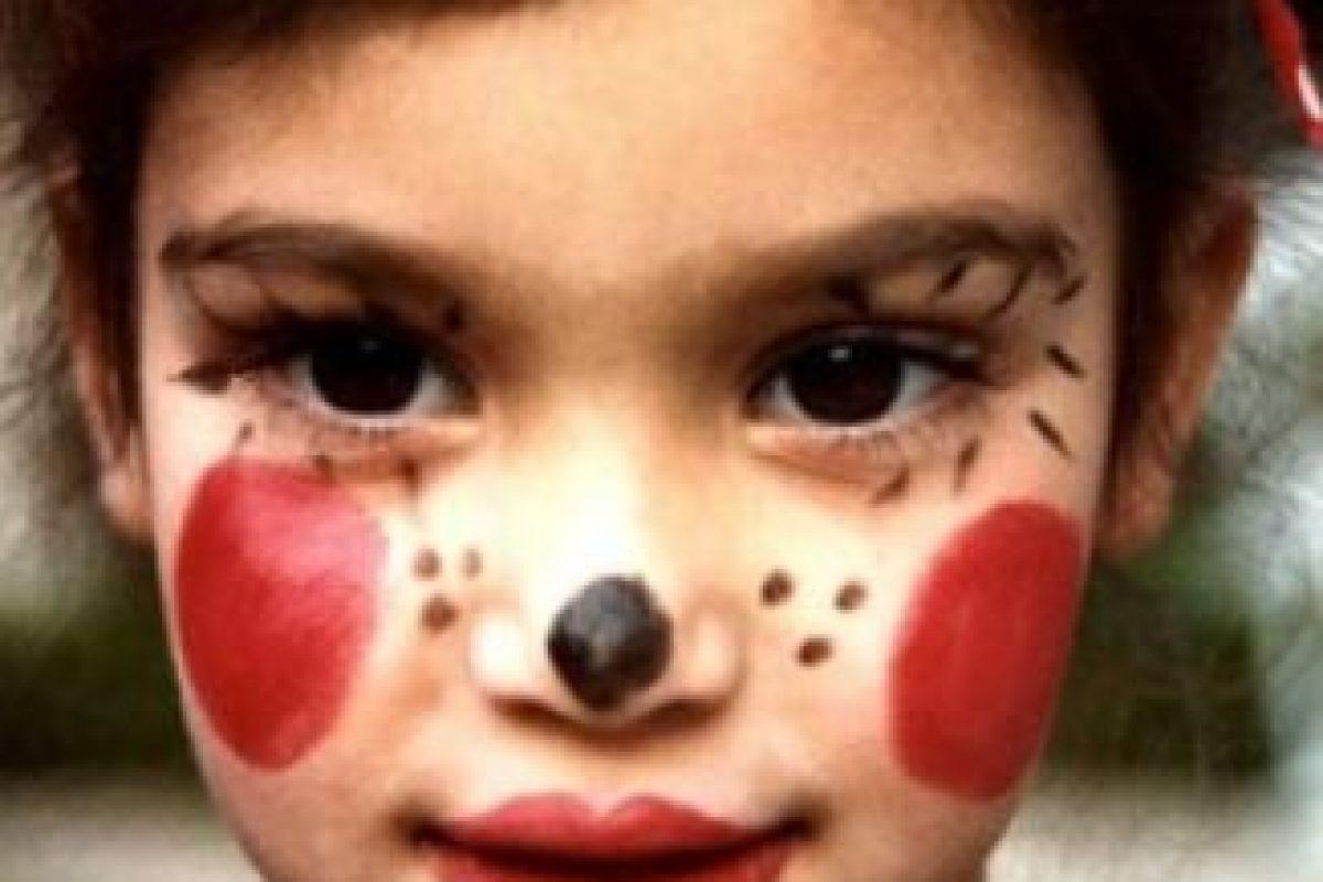 Hoy en día sigue usando grandes cantidades de maquillaje. Foto:Kimkardashianwest.com. Imagen Por: