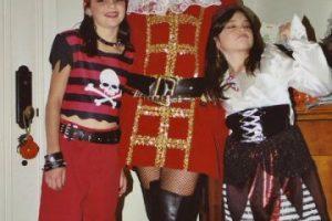 Estas pequeñas piratas se convirtieron en dos de las famosas más codiciadas del momento. Foto:Kylie Jenner.com. Imagen Por: