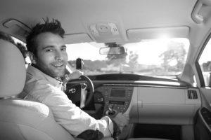 Existen cuatro tipos de autos: UberX, UberXL, UberBLACK y UberSUV, cada uno tiene diferente capacidad y diferente tarifa. Foto:Uber. Imagen Por: