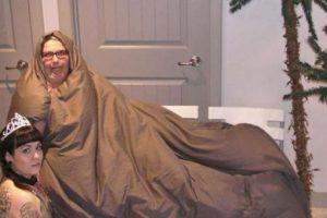 """""""Jabba el Hutt"""" y la princesa """"Leia"""" Foto:Imgur. Imagen Por:"""
