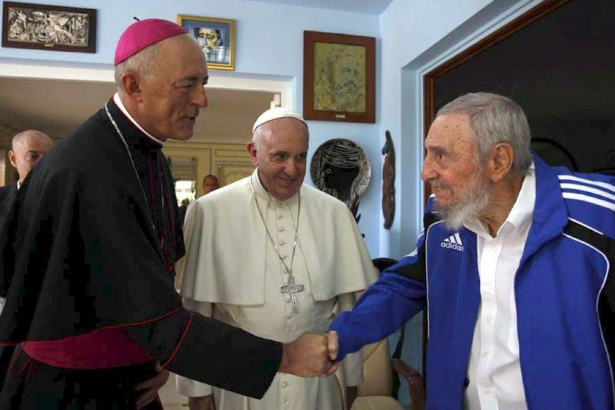 En Cuba, se reunió con el líder histórico de la revolución cubana, Fidel Castro Foto:AFP. Imagen Por: