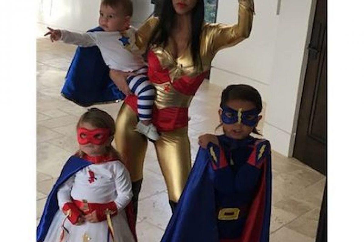 Kourtney Kardashian y su familia Foto:Instagram.com. Imagen Por: