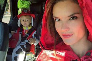 Alessandra Ambrosio y su hijo Noah Foto:Instagram.com. Imagen Por: