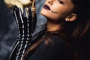 """La cantante se convirtió en el protagonista de """"El Extraño mundo de Jack"""". Foto:vía instagram.com/arianagrande. Imagen Por:"""