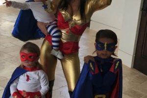 La mayor de las Kardashian demostró que es una supermamá Foto:via instagram.com/kourtneykardash. Imagen Por: