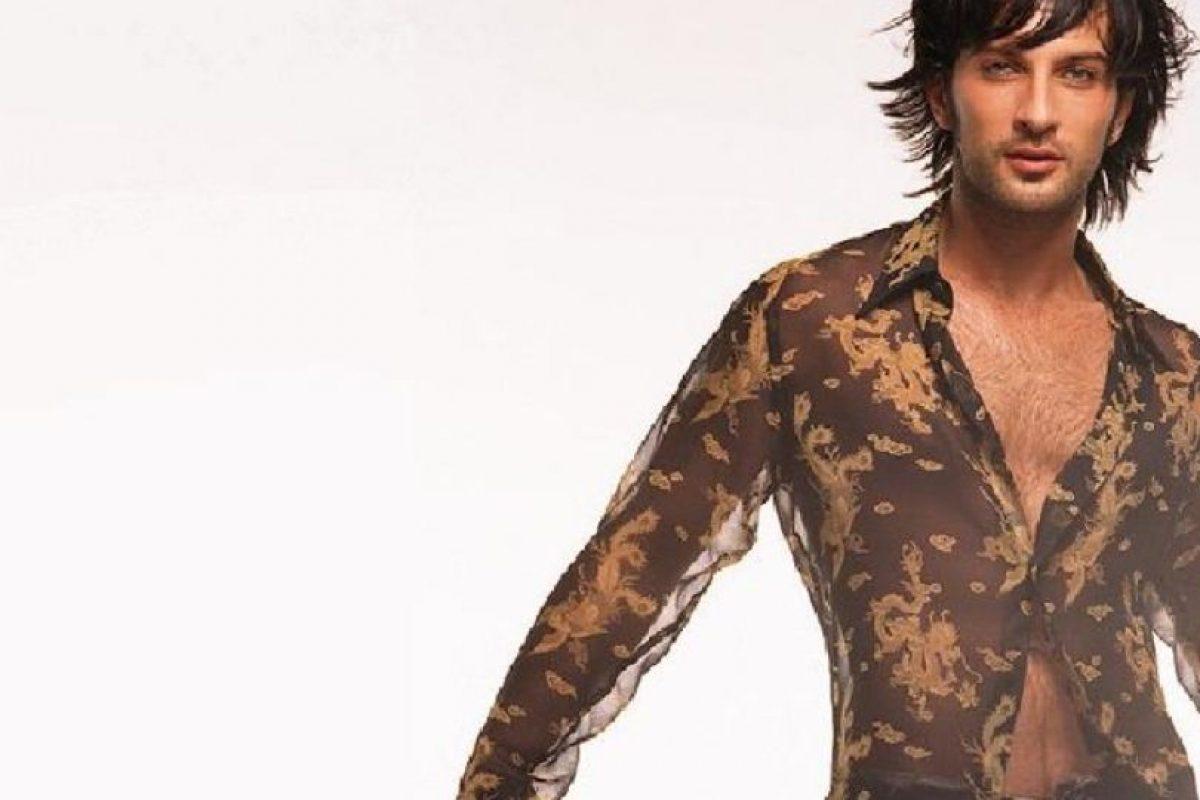 Y fue el primer éxito internacional del cantante turco. Foto:vía Facebook/Tarkan. Imagen Por: