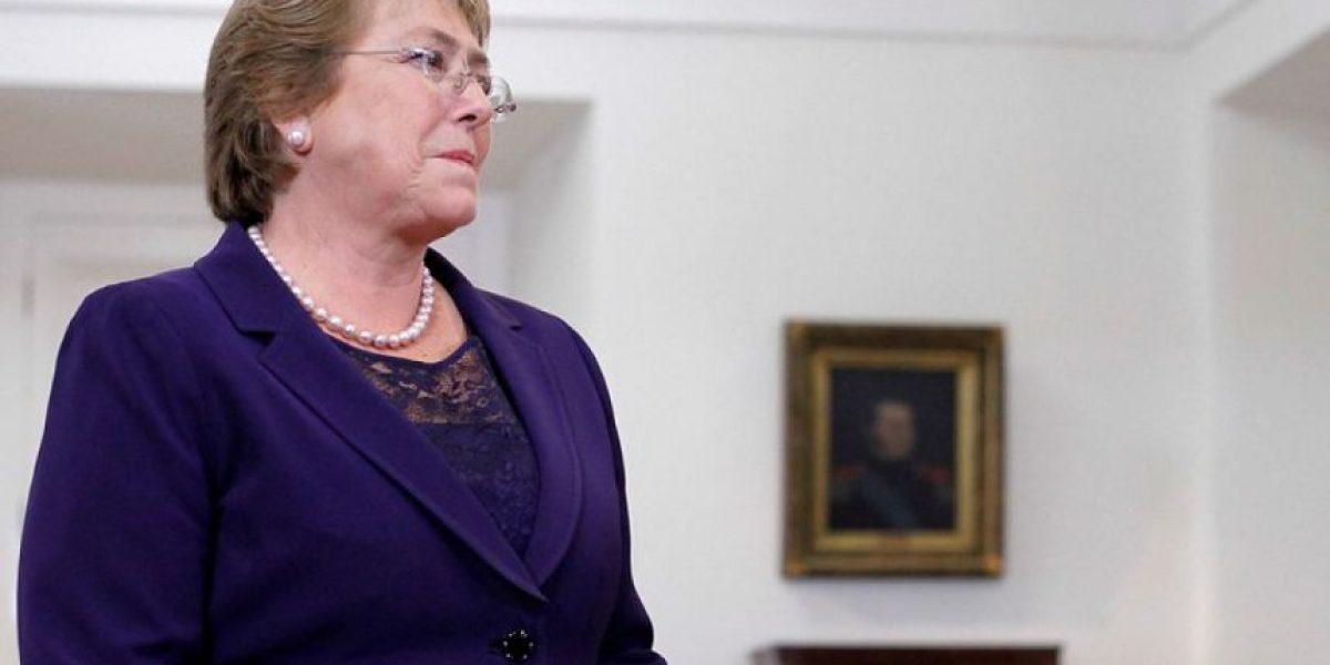 Cadem: Respaldo a gestión de Bachelet se mantiene estable en 27%