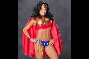 """Trish Stratus como la """"Mujer Maravilla"""" Foto:WWE. Imagen Por:"""