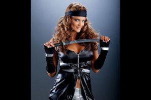 Eve Torres como ninja. Foto:WWE. Imagen Por: