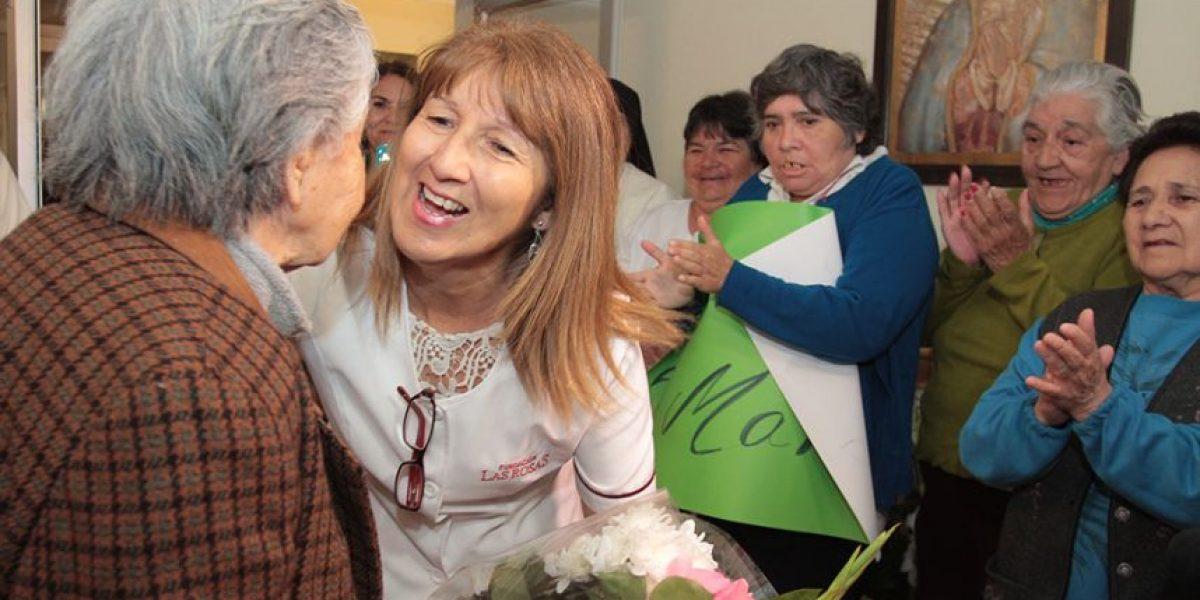 Así fue el emotivo traslado de abuelita víctima de maltrato en Maipú