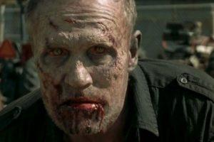 """Se convirtió en caminante, después de que """"El Gobernador"""" le disparó Foto:AMC. Imagen Por:"""