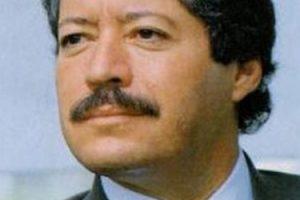 Político y economista mexicano, miembro del Partido Revolucionario Institucional, se desempeñó como diputado, senador, presidente de su partido político y titular de la Secretaría de Desarrollo Social de México. Foto:Pinterest. Imagen Por: