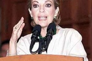 Política mexicana, es la esposa de Vicente Fox, expresidente de México Foto:Pinterest. Imagen Por:
