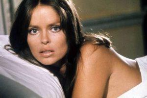 """Barbara Bach es una de las chicas Bond más recordadas. Interpretó el papel de Anya Amasova, amante de 007 en la película """"The spy who loved me"""" (La espía que me amó). Foto:Vía imdb.com. Imagen Por:"""